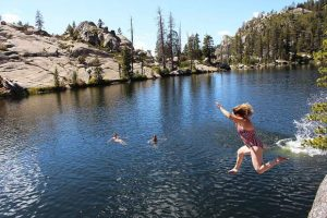 5 hikes to Sierra Nevada alpine lakes you can't resist swimming in